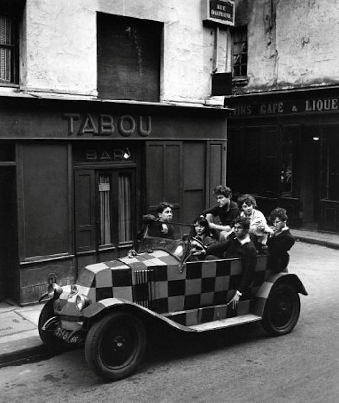 The Squared Car, Paris 1948. Robert Doisneau
