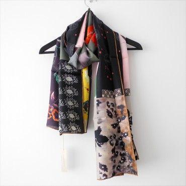 Hellen van Berkel 100% zijde sjaal Becky  @ www.sjaalmania.nl