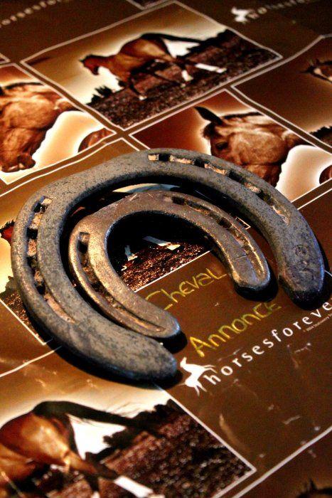 Pour les amoureux de la maréchalerie... #ca #chevalannonce #concours #feracheval