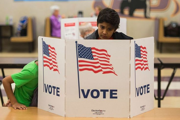 Leading Off ● Maine: On Monday, Maine state election officials certified a referendum for the June primary ballot that would veto the legislature's effective repeal of an instant-runoff voting law that voters had passed via ballot initiative in...