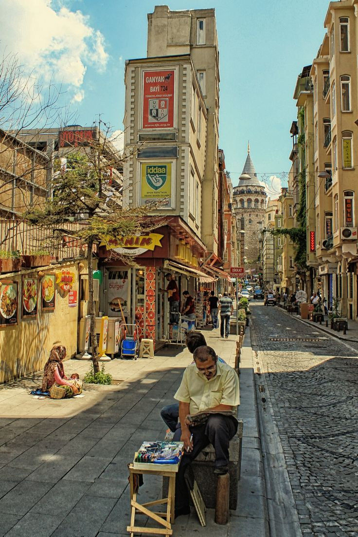 Galata Tower, Istanbul, Turkey. stay with 1BB's affordable accommodation www.1bb.com