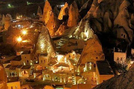 Airbnb'deki bu harika kayda göz atın: DIAMOND OF CAPPADOCIA  HOTEL - Göreme şehrinde Kiralık Oda + Kahvaltı
