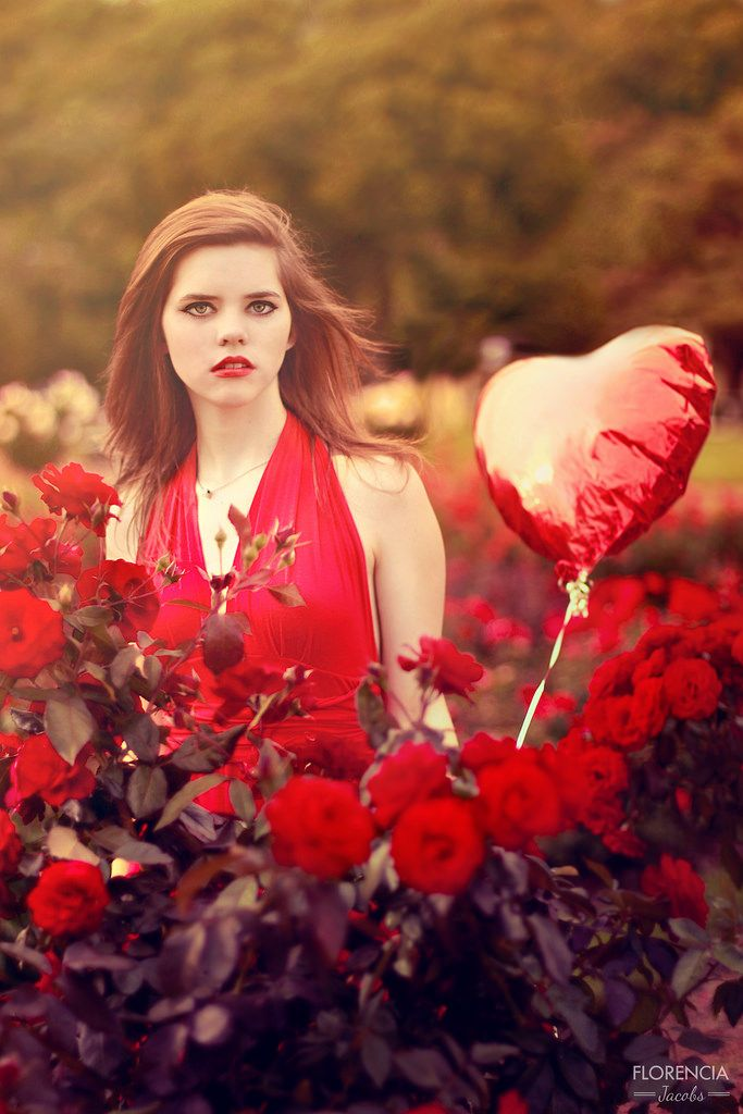"PH: Florencia Jacobs  ""Love is in the air"" www.facebook.com/artedeflor  Heart balloon, red, breakhearts"