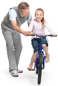 Как научиться ездить на велосипеде ребенку и взрослому? Учимся держать равновесие, крутить педали и поворачивать