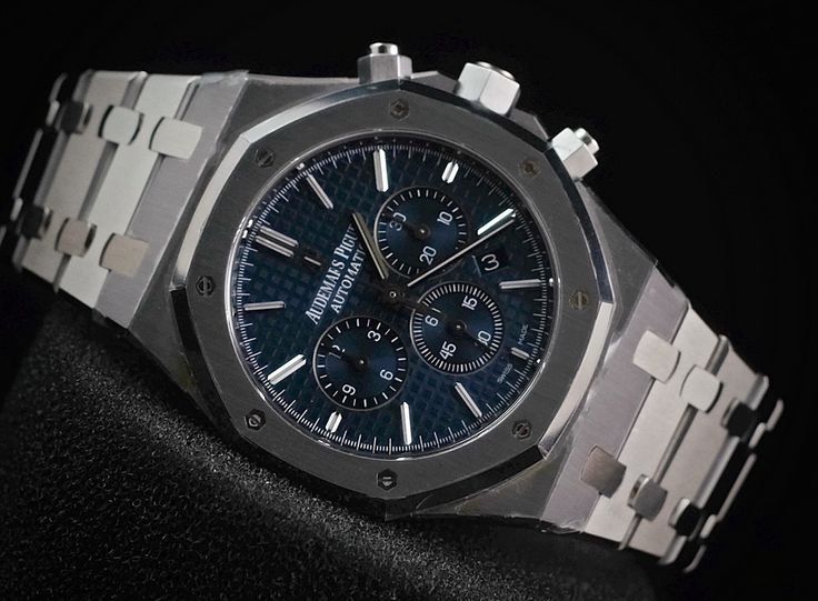 WE ARE BASED AT JAKARTA please contact us for any inquiry : whatsapp : +6285723925777 blackberry pin : 2bf5e6b9 #AUDEMARSPIGUET #HOROLOGIE #WATCHFORSALE #FORSALE #LUXURY #LUXURYWATCH #BILLION #MILLION #VVIP #JAKARTA
