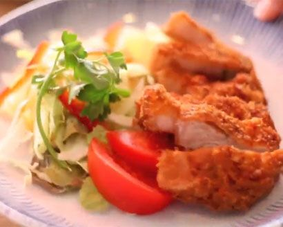 VIDEO: A Z Food Discovers Authentic Japanese Food