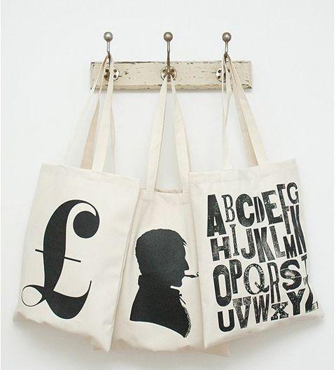 Leuke tassen met prachtige grafische prints.