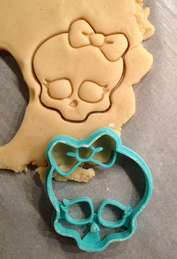 Monster High Logo Cookie Cutter by WarpZone  $5.50 for large size