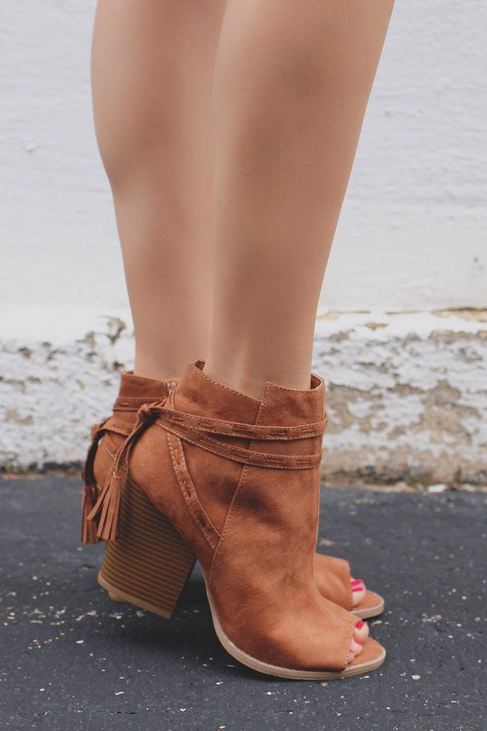 Peep Toe Wrapped Ankle Tassel Booties Barnes-69A – UOIOnline.com: Women's Clothing Boutique