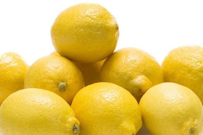ΚΑΝΤΕ ΤΟ ΟΛΟΙ: Καταψύξετε τα λεμόνια σας - Δείτε γιατί!