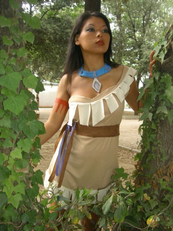 Pocahontas! She's been hanging out in Frontierland a lot lately, which is completely awesome. She doesn't get enough recognition.