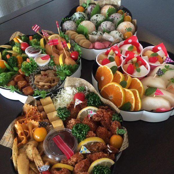 一大イベントの運動会!!みなさん、どんなお弁当を作っているのでしょうか??ちょっとのぞき見しちゃいましょう♡どのお弁当もカラフルでとっても美味しそうですよ~!!内容や盛り付けがとても参考になります。