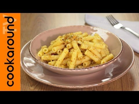 Pasta con pangrattato e peperoncino / Ricette primi piatti sfiziosi - YouTube