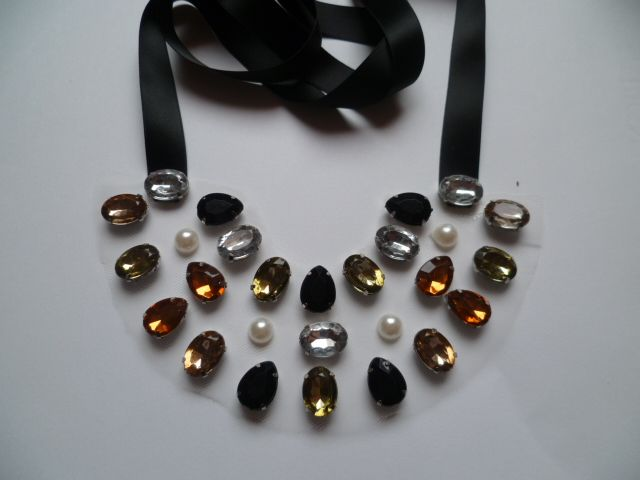 statment necklace