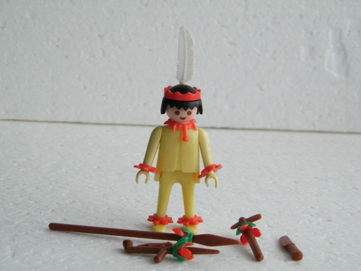 Playmobil 3128 Old klicky Yellow Pastel with B feet Indian 4