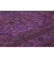 Перекрашенный ковер фиолетового цвета. Шерсть. Магазин ковров.