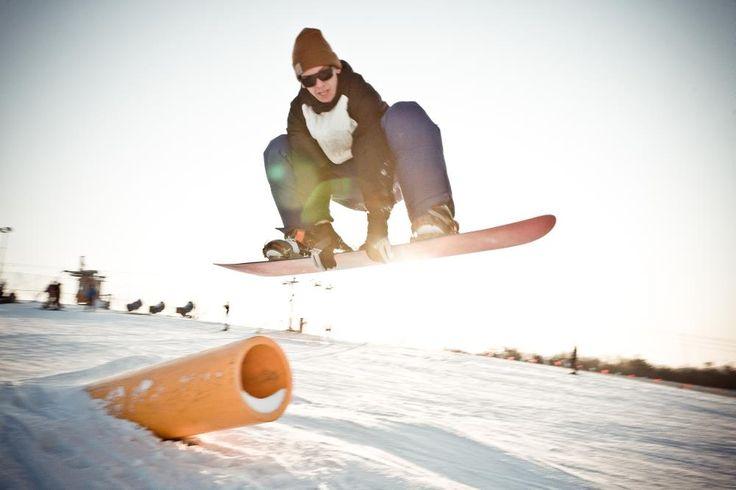 Magilla grab.  #fun #snowpark #sunset