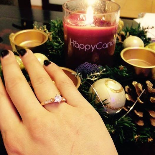Lucky Andreea! She got a nice ring :)