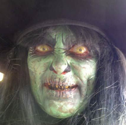 Scary witch makeup | Halloween Witches and Warlocks ...
