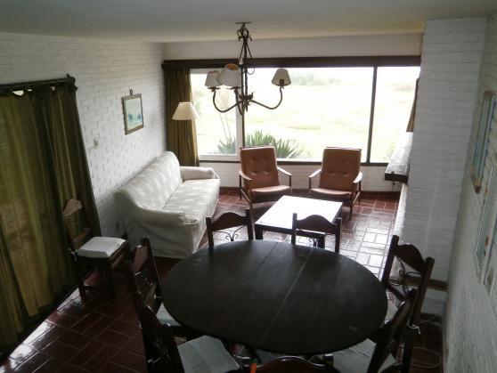 Alquilá una hermosa casa en Playa Bahía.  #PlayaBahía #Alquiler #CasasenelEste #Uruguay