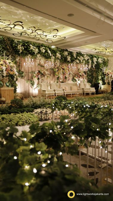 William and Clarissa's Wedding Reception; Venue at Pullman Thamrin Hotel, Jakarta; Photography by PPF Photography; Organized by Greenlight WO; Decoration by Lotus Design; Lighting by Lightworks  www.lightworksjakarta.com