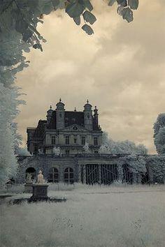 Abandoned haunted house mist