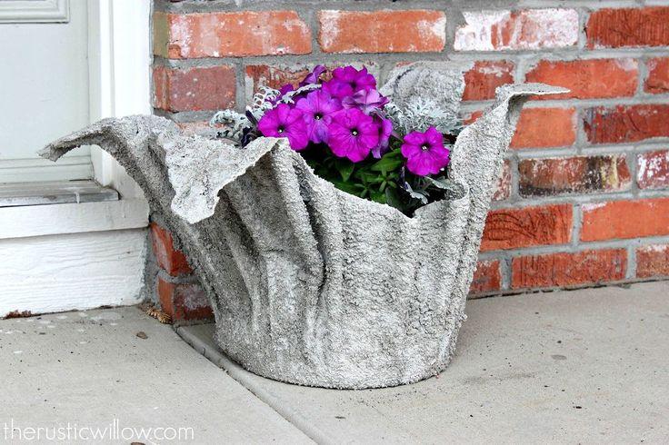 Easy DIY Concrete Planter