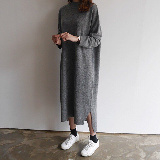 modest wear, hijab, minimal, monochrome, street style, autumn-winter, spring-summer, neutral, smart casual, oversized, jumper