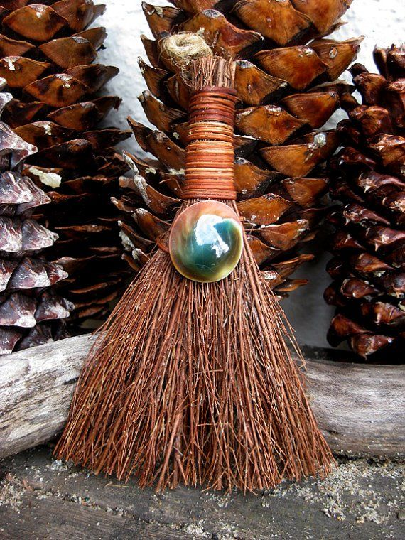 DIY Cinnamon Scented Brooms : Samhain/ Yule Gift Ideas: I often see Cinnamon Brooms in the supermarket very $$$ so why not make your own its not hard & you can do other scents too