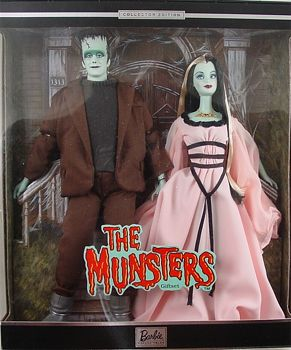 Also very popular on eBay right now is the ultimate Barbie Halloween Set – the 2001 Munsters set.