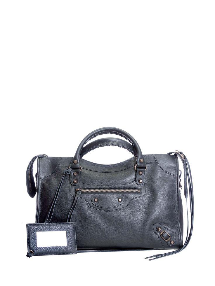 BALENCIAGA CLASSIC CITY BLACK. #balenciaga #bags #shoulder bags #hand bags #leather #