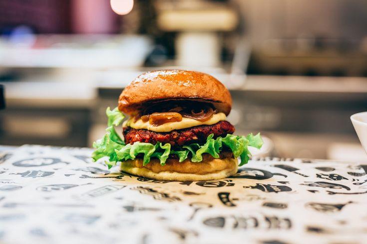 Jävligt Gott gör månadens burgare på Bastard Burgers - Recept!