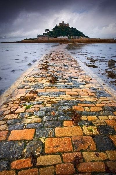 St Michael's Mount, Cornwall -- loving the saturation of the bricks here