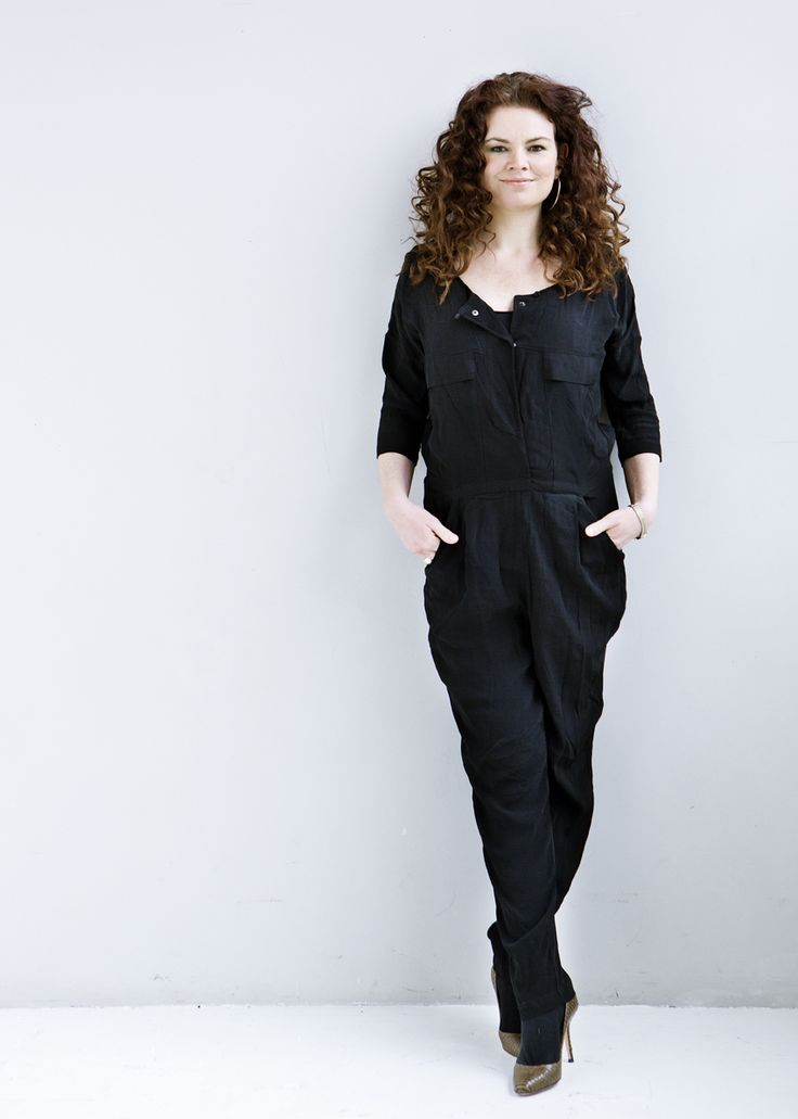 BLACK SWAN JUMPSUIT - CHIC AND COSY