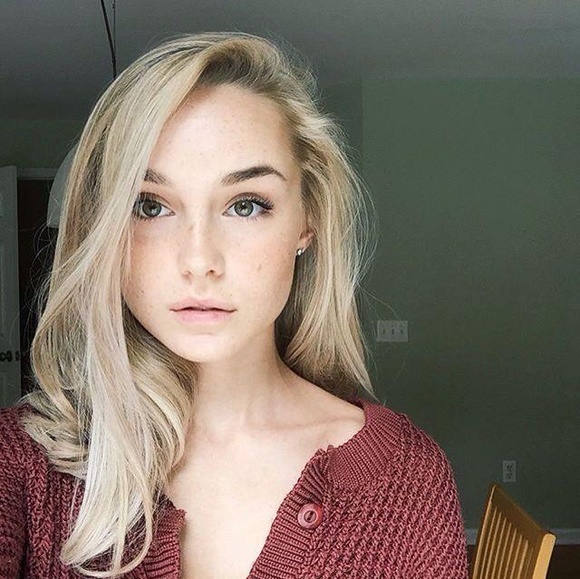 slut blonde bukkake