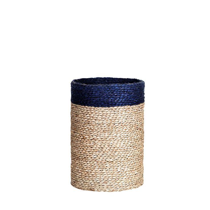 Kosz z trawy morskiej Sca'l M #kosz #basket #seagrass #trawa #morska #homemade #manufcture #design #rękodzieło #unique #limitededition #amiou #onemarket.pl