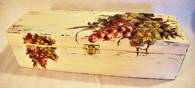 Znalezione obrazy dla zapytania pudełko na wino decoupage ślub