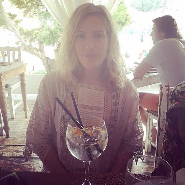 Gorgeous Ellie Goulding in the Charlotte Tunic by Kirei Clothing www.kireiclothing.com