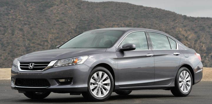 2014 Honda Accord Owners Manual –For 2014, the Honda Accord sees the inclusion of a match of hybrids — standard and plug-in — to the family, while the LX toned level becomes new textile furniture. The 2014 Honda Accord earns top rated honors in the midsize sedan class using...