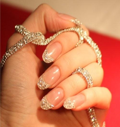 Glitter/rhinestone nail art