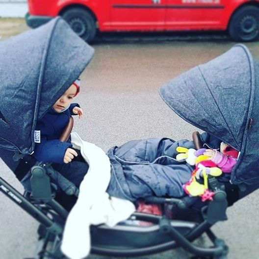 Best place to discover the world together  #abcdesign #zoom #abcdesign_zoom #thinkbaby #brandnew #newcollection #styledesigns #doublebuggy #siblings #geschwisterwagen #zwillingswagen #twins #tandem #doublehappiness #doppeltesglück #familienglück #lebenmitkindern #familytime #familienzeit #instababy #zuzweit