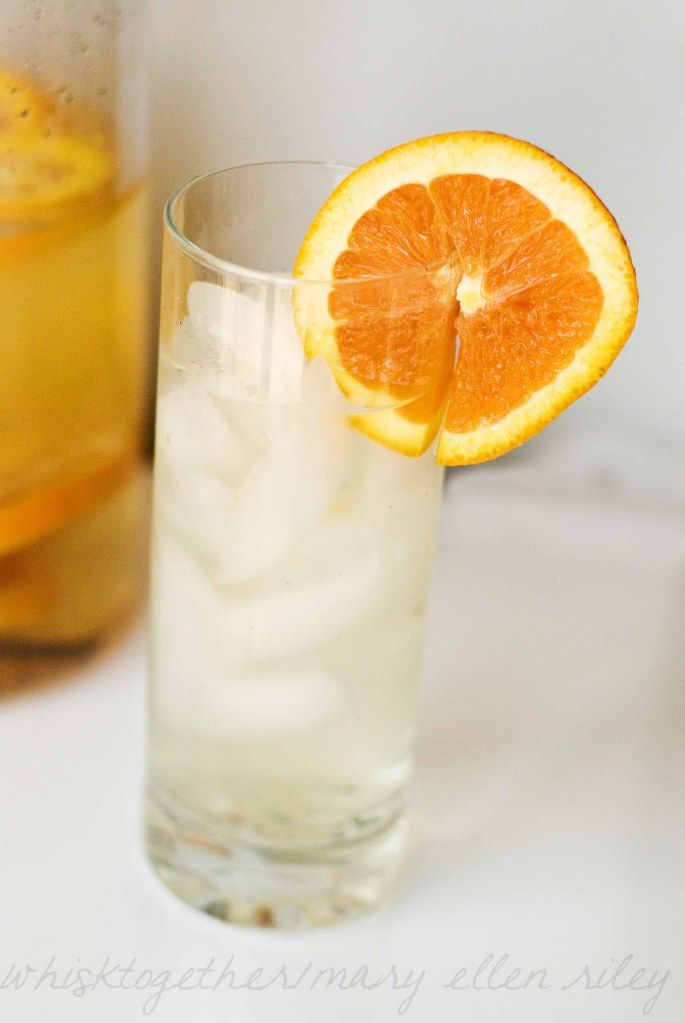 Dreamsicle Water - Materials: Orange & Vanilla extract. Tools: Mason jar & Muddler. Instructions: 1. Slice your orange into thin slices. 2. Add two slices to a mason jar. 3. Add a splash of vanilla extract. 4. Muddle. 5. Add water, shake. Enjoy!