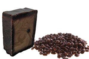 La celulitis puede combatirse con innumerables métodos, y uno de ellos es usando jabones artesanales. En esta oportunidad haremos uno a base de café, y conoceremos sus propiedades y beneficios.