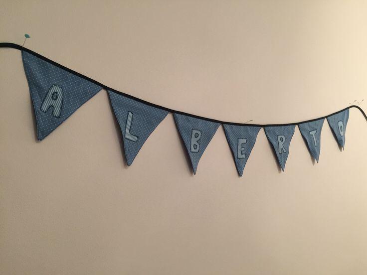 Con mucho cariño para Alberto, unas banderolas para su habitacion 🤗