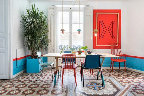 Colorful Dining Room Design of Valencia Lounge Hostel