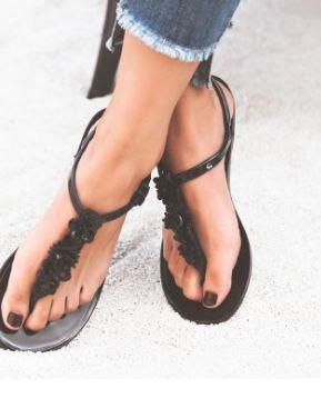Flip Flops Sandals Women Flat Sandal Summer Beach Slippers With Flower Solid Casual Jelly Shoes www.essish.com/?utm_content=bufferfe111&utm_medium=social&utm_source=pinterest.com&utm_campaign=buffer
