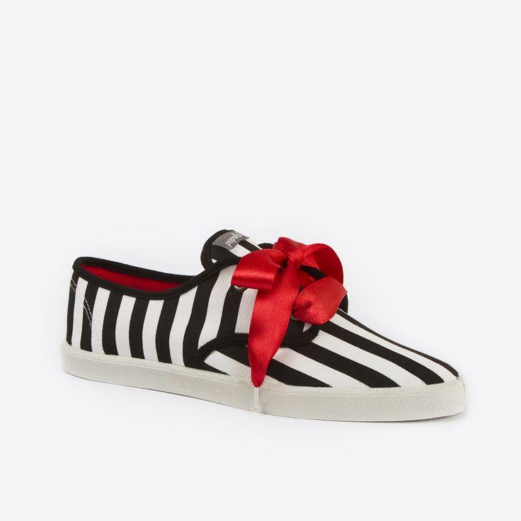 P shoe