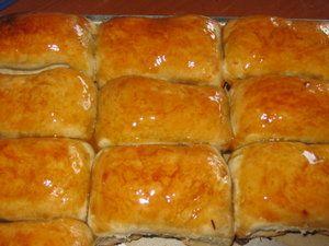 Kue Pisang Molen ala Kartika Sari (Banana Roll Kartika Sari)