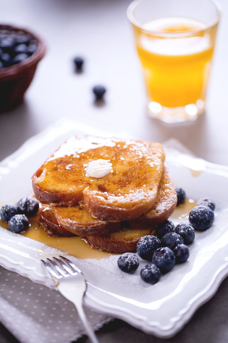 Al mattino non è sempre facile trovare la giusta carica per svegliarsi, ma con il #French #toast non avrete più di questi problemi... il risveglio sarà dolcissimo! #Giallozafferano #recipe #ricetta #usa #breakfast #colazione #frenchtoast