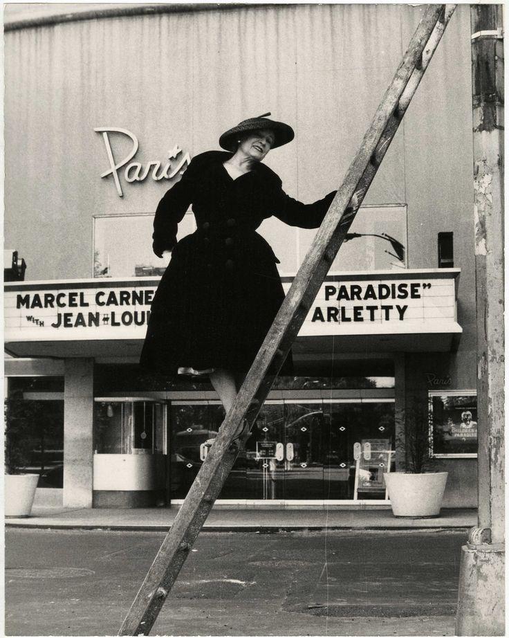 Paris Theater Gelatin silver photograph. New-York Historical Society, Gift of Bill Cunningham.  Photo: Bill Cunningham